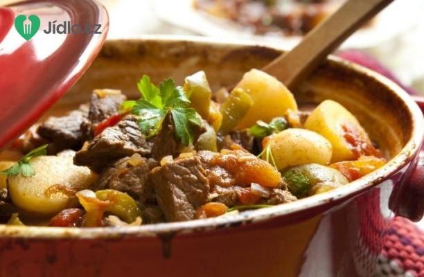Recept Dušené maso s brambory po španělsku