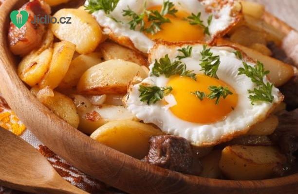 Recept Opečené brambory se sázenými vejci