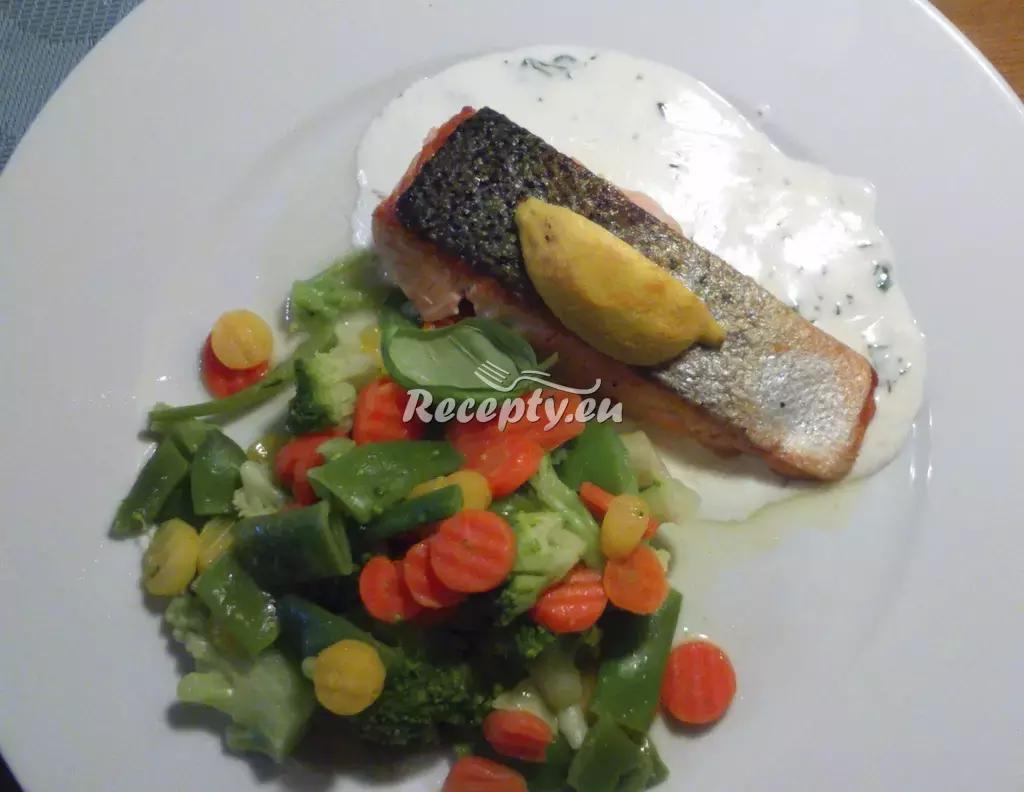 Pečený losos s citronovou omáčkou recept  fitness recepty ...