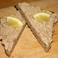 Netradiční tuňáková pomazánka s arašídovým máslem recept ...