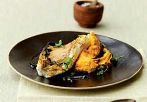 Pečená ryba s karotkovým pyré
