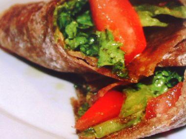 Tortilla ze žitné mouky naslano