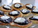 Babiččiny lívanečky s borůvkovým žahourem recept