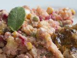 Delikatesní bramborový salát s červenou řepou a šalvějí recept ...