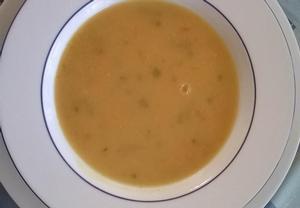 Polévka z červené čočky  jednoduchá a rychlá