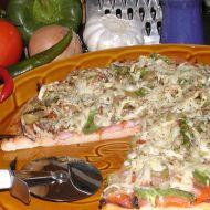 Pizza se šunkou, olivami a feferonkami recept