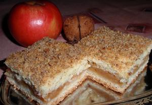 Jablečný víkendový koláč  vláčný