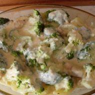 Brokolice s kuřecím masem a zakysanou smetanou recept