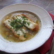 Cibulačka se sýrovými toastíky recept