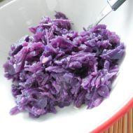 Lehký salát z červeného zelí recept