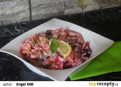 Těstovinový salát na růžovo recept