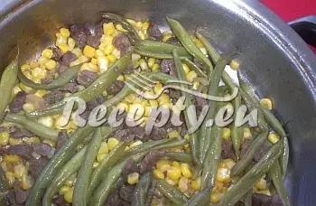 Hovězí maso s fazolkami a kukuřicí recept  recepty pro děti ...