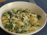 Gnocchi se špenátem a kuřecím masem recept