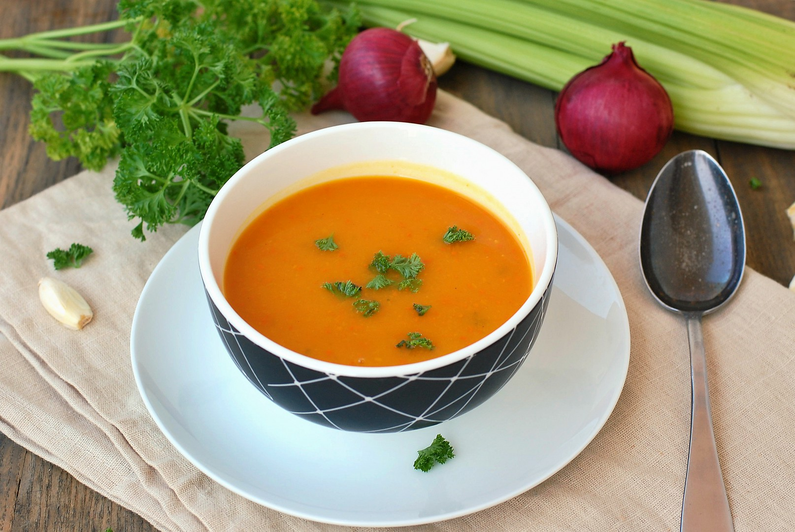 Polévka z dýně hokaido a celeru recept