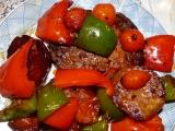 Kotletky v pikantní šťávě na zelenině recept