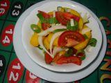 Broskvový salát s cibulí recept