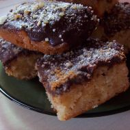 Jablková buchta s čokoládou recept