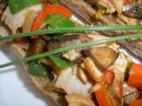Odlehčená houbová směs s celozrnným rohlíkem recept ...