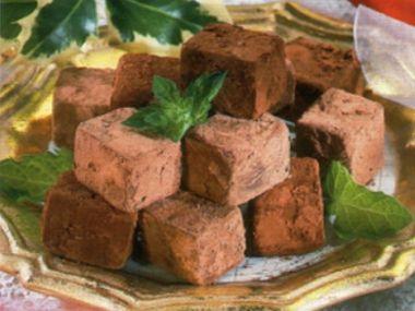 Nugátové kostky  nepečené cukroví