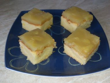 Piškot s ananasovým želé moji maminky