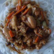Kuřecí maso s nudlemi na čínský způsob recept