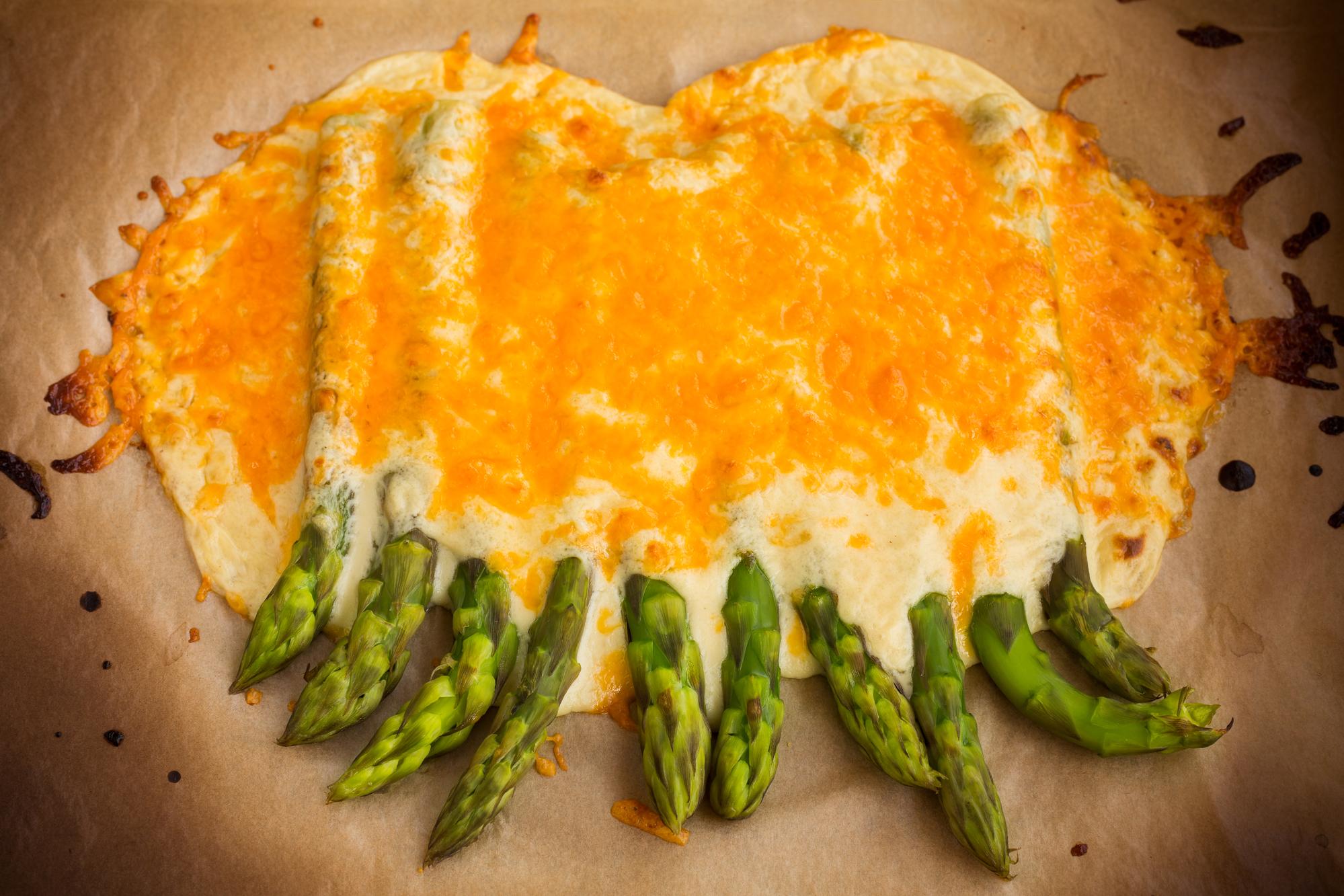 Gratinovaný chřest se sýrem recept