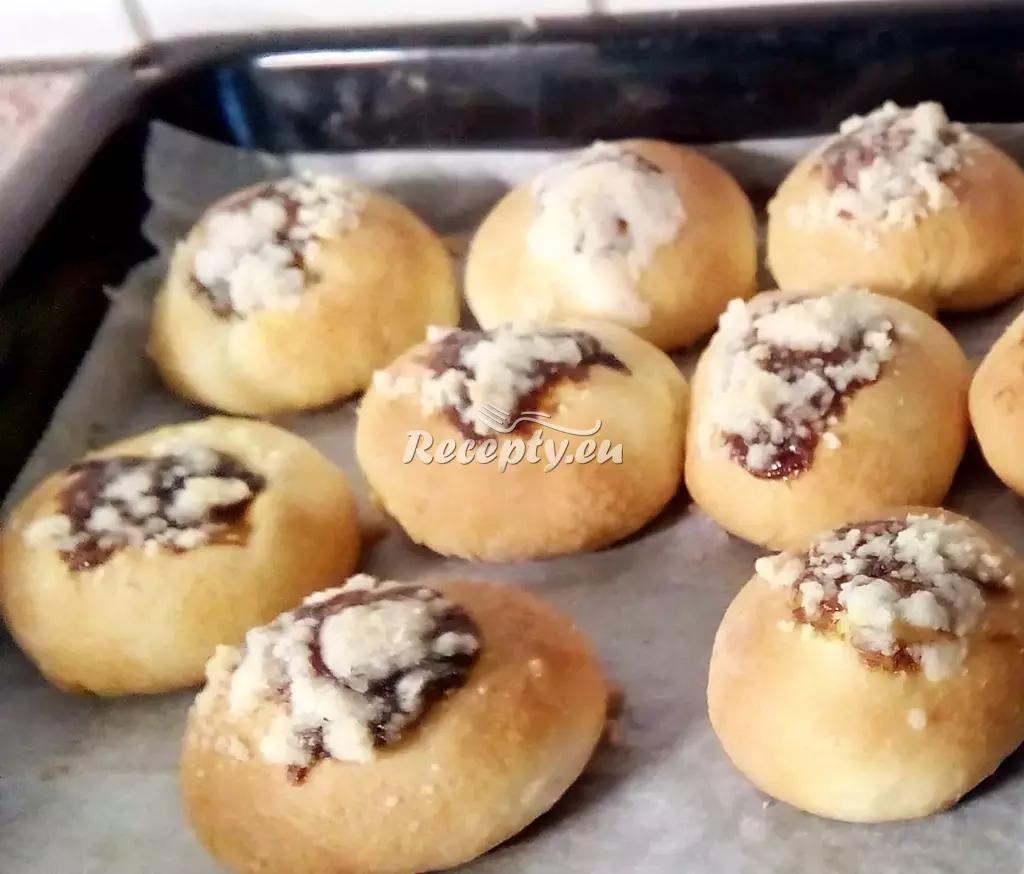Křehké ořechové koláčky recept  sladké, slané a tradiční koláče ...