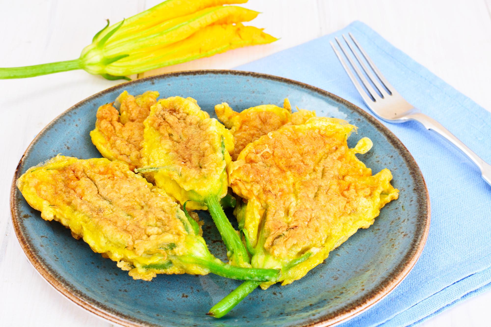 Cuketové květy plněné mozzarellou recept