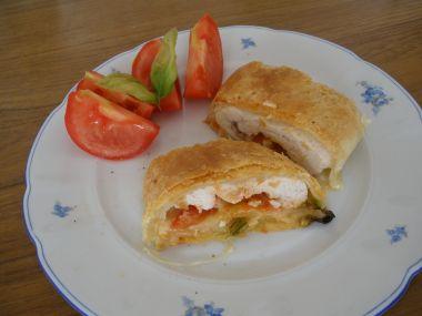 Kuřecí s mozzarellou v listovém těstě