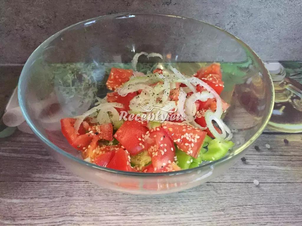 Míchaný zeleninový salát recept  saláty