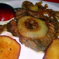 Vepřová játra přírodně se zkaramelizovaným jablkem a cibulí recept ...