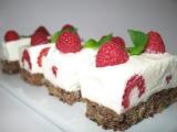 Malinové řezy s jogurtem a čokoládou recept
