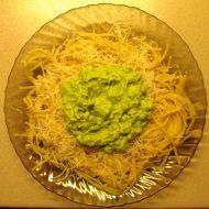 Špagety s avokádovou pastou recept