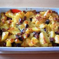 Zapékané brambory s domácí klobáskou recept