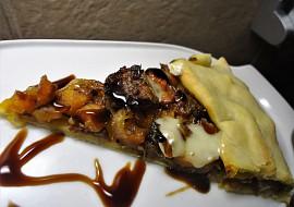 Galette s dýní, karamelizovanou cibulí a balsamicem recept ...