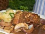 Kuře na červeném víně (Coq au Vin) recept