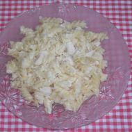 Kuřecí maso s těstovinami a sýrovou omáčkou recept