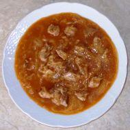 Segedínský guláš s houskovým knedlíkem recept