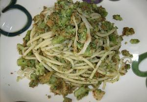 Těstoviny nejen s brokolicí