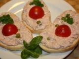 Salát na chlebíčky recept