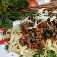 Špagety s mletým masem a špenátem recept