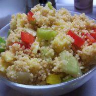 Celozrnný kuskus se zeleninou a sýrem recept