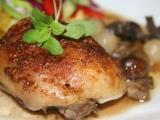 Vinné kuře v žampiónech recept