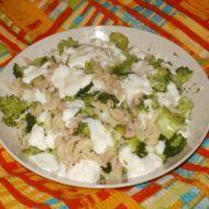Těstoviny s tuňákem, brokolicí a mozzarellou recept