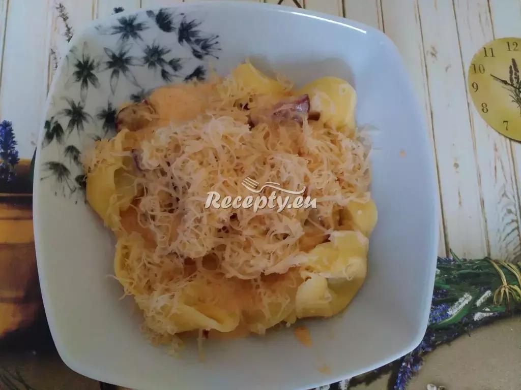 Gnocchi s klobáskou a mozzarellou recept  těstoviny