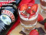 Lučinová pěna s likérem a ovocem recept