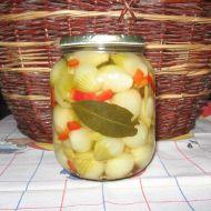 Nakládané cibulky s paprikou recept