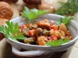 Letní kuřecí kotlík s houbami a zeleninou recept