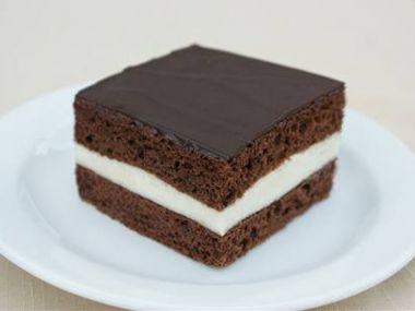 Recept Čokoládové řezy s broskvemi