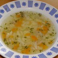 Kuřecí polévka s drobením recept